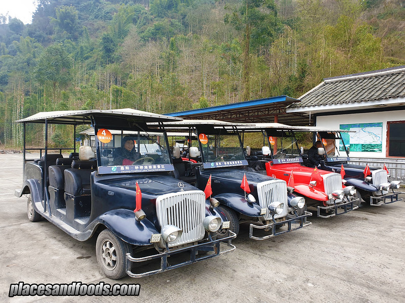 china Bajiaogou Old Cars Transportation