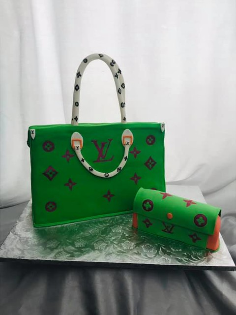 Handbag Cake by The Beautiful Cakes
