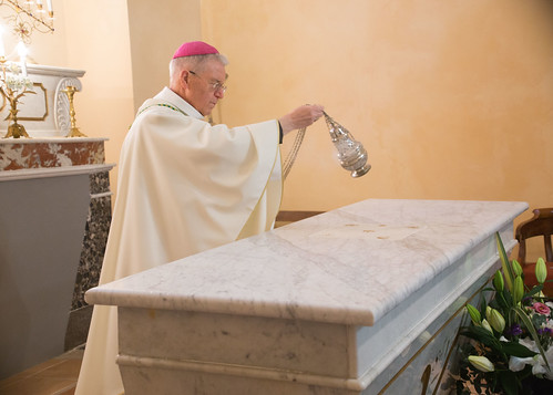 Bénédiction de l'autel de Brouzet les quissac