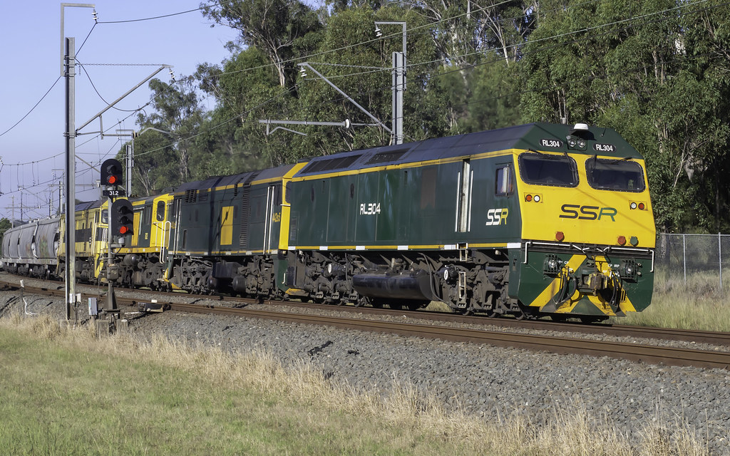 RL304 / 442s5 / 602 & 44206 as run 4847N SSR Grain from Carrington to Western NSW, prob Parkes by Paul Leader - Paulie's Time Off Photography