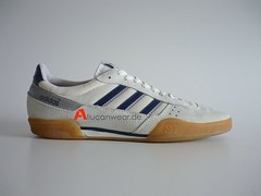 1988 VINTAGE ADIDAS HANDBALL SUPER SPORT SHOES