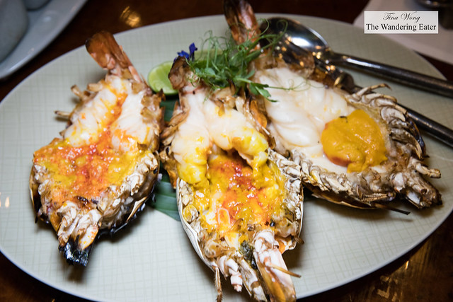 Goong maenaam กุ้งแม่น้ำเผา Grilled river prawns (3 pcs)