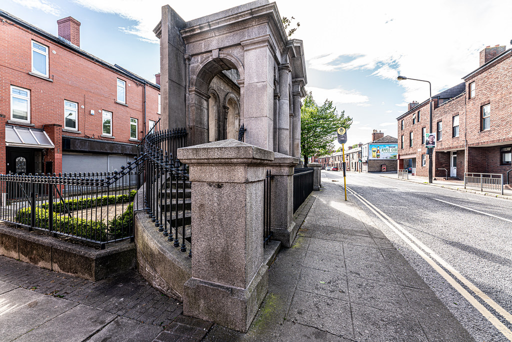 THE COOMBE MEMORIAL - THE LIBERTIES OF DUBLIN 007