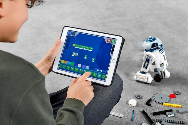 LEGO Star Wars 75253 BOOST Droid Commander