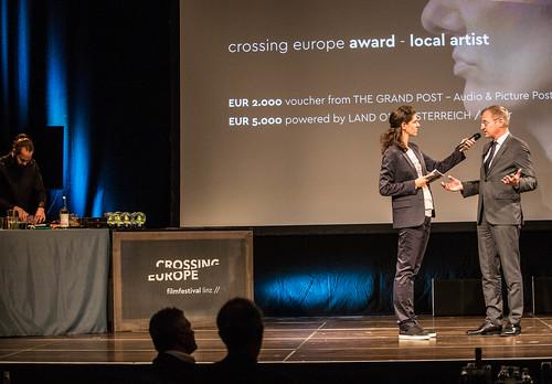 CE19 - Award Ceremony // Florian Hackl (Bar Mezzanin), Moderator Karin Schmid, Thomas Stelzer (Governor) // photo © Christoph Thorwartl / subtext.at