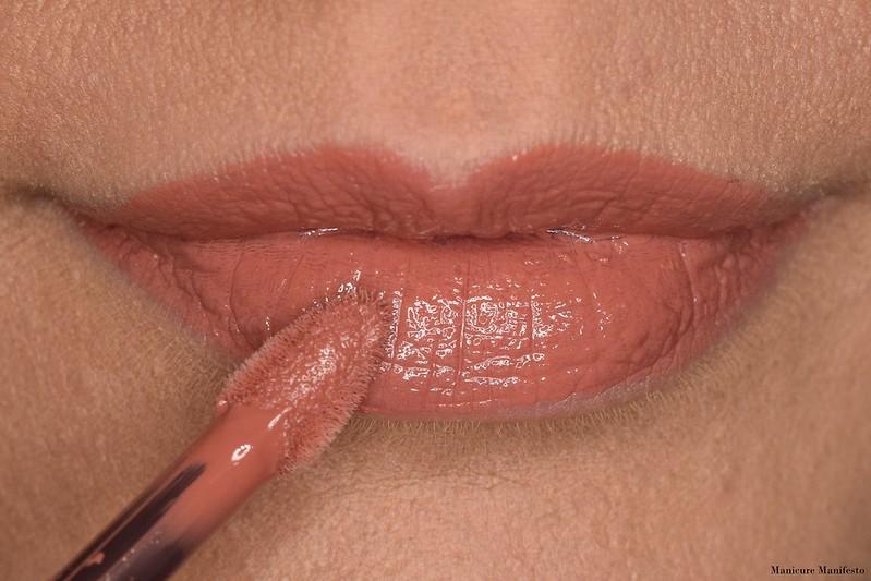 Burt's Bees Lipstick Sandy Seas Swatch