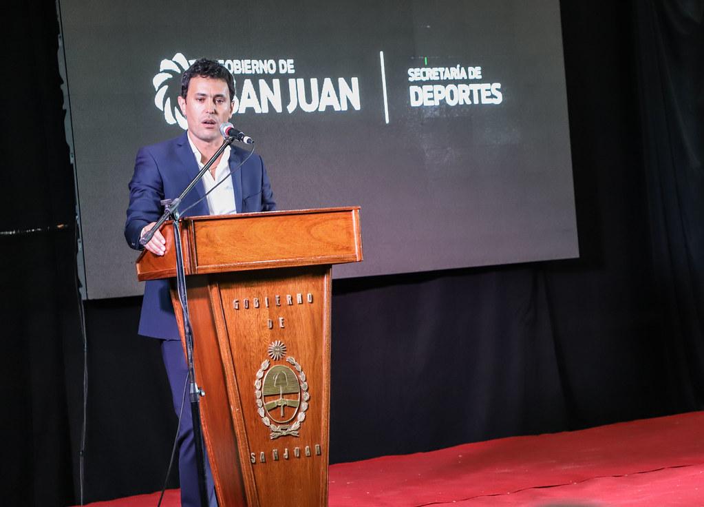 """2019-04-29 PRENSA: Inauguración de Techado de Cancha  """"Hockey Club Huarpes"""""""