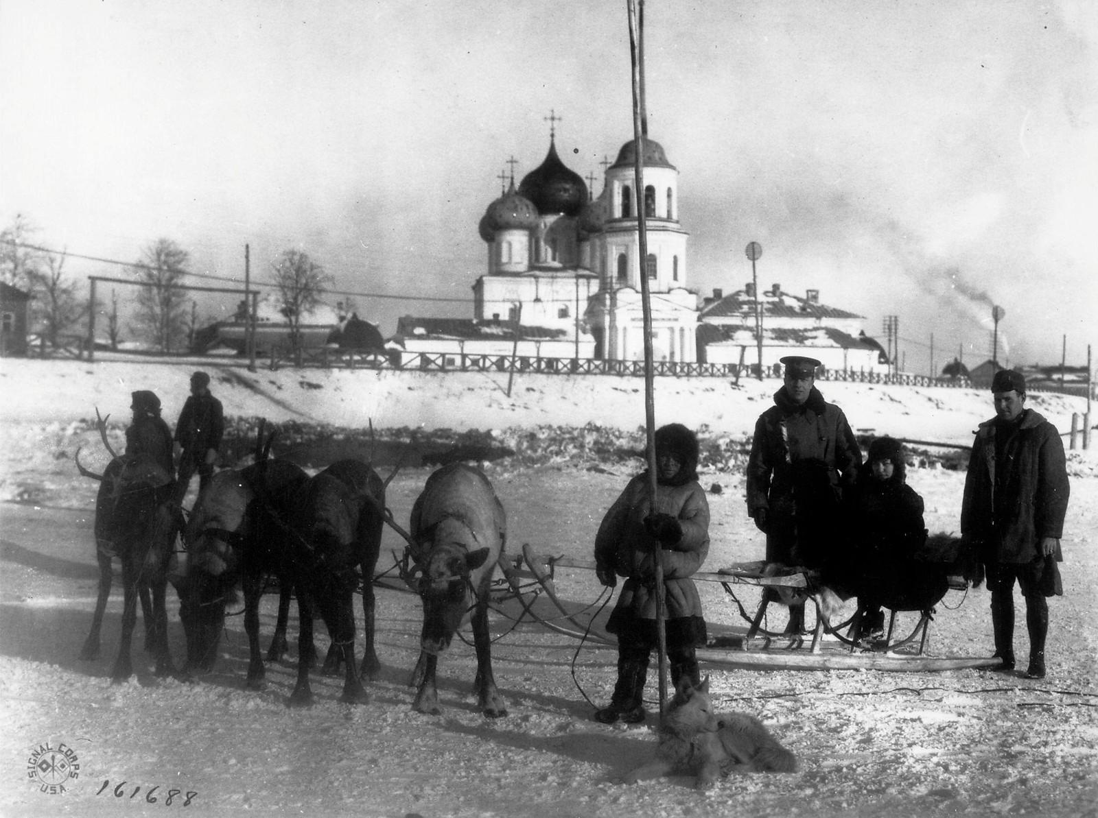 Архангельск. Местный вид транспорта зимой