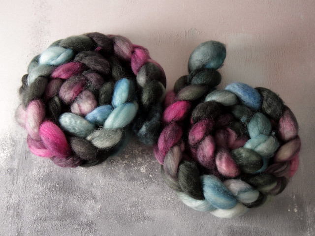 British Bluefaced Leicester wool top/roving hand-dyed spinning fibre 100g – 'Stormborn'  (grey, black, blue, purple)