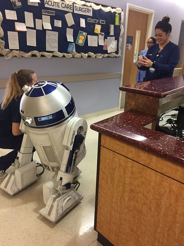 Victor's R2D2 Building Diary: UCI Medical Center Visit