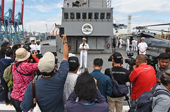 Capt. Eric J. Anduze, commanding officer of USS Blue Ridge (LCC 19), answers questions from reporters after arriving in Jakarta, May 1. (U.S. Navy/MC2 Patrick Semales)