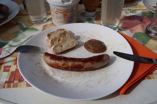 Bratwürstchen mit Monschauer Honig-Mohn-Senf