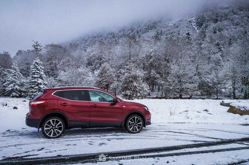 Nissan Qashqai en la Pista del Besiberri cubierta de nieve
