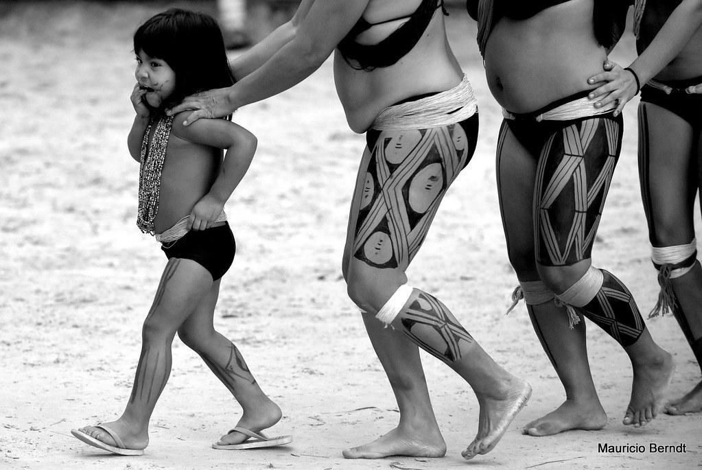 KUIKURO - Índios