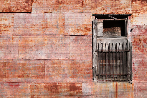 georgia lyons lyonsgeorgia wall rust