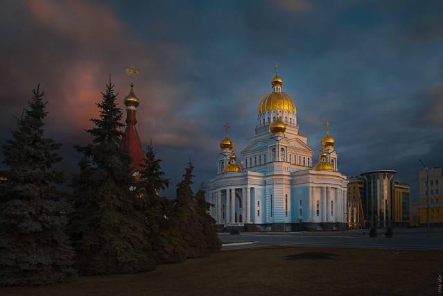 RUS71264 - Cityscape #2. Cathedral. Morning