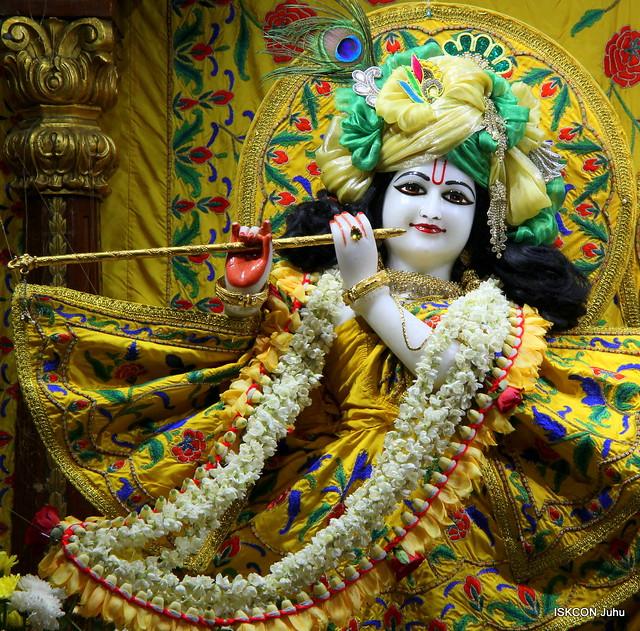 ISKCON Juhu Mangal Deity Darshan on 5th May 2019