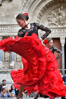 Dance in front of St Trophim Basilique