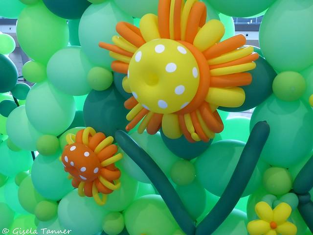 Gartenbloggertreffen Messe Stuttgart 2019 Ballonsinstallation von Ralf Esslinger und seinem Team
