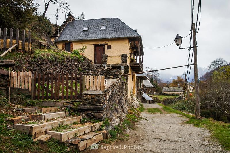 Caller Mayor de Bausen en dirección a Sant Ròc