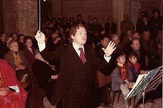 Noicattaro. maestro inglese front