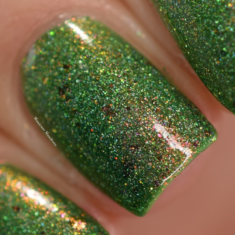 Girly Bits Absinthe Fairy swatch