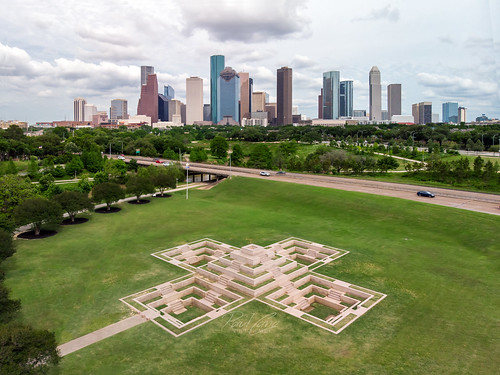houston htx htown hou houstontx houstontexas houstonskyline skyline downtown downtownhouston texas tx mavicair mavic air drone dji raulcano city cityscape memorial policeofficersmemorial photography police landscape