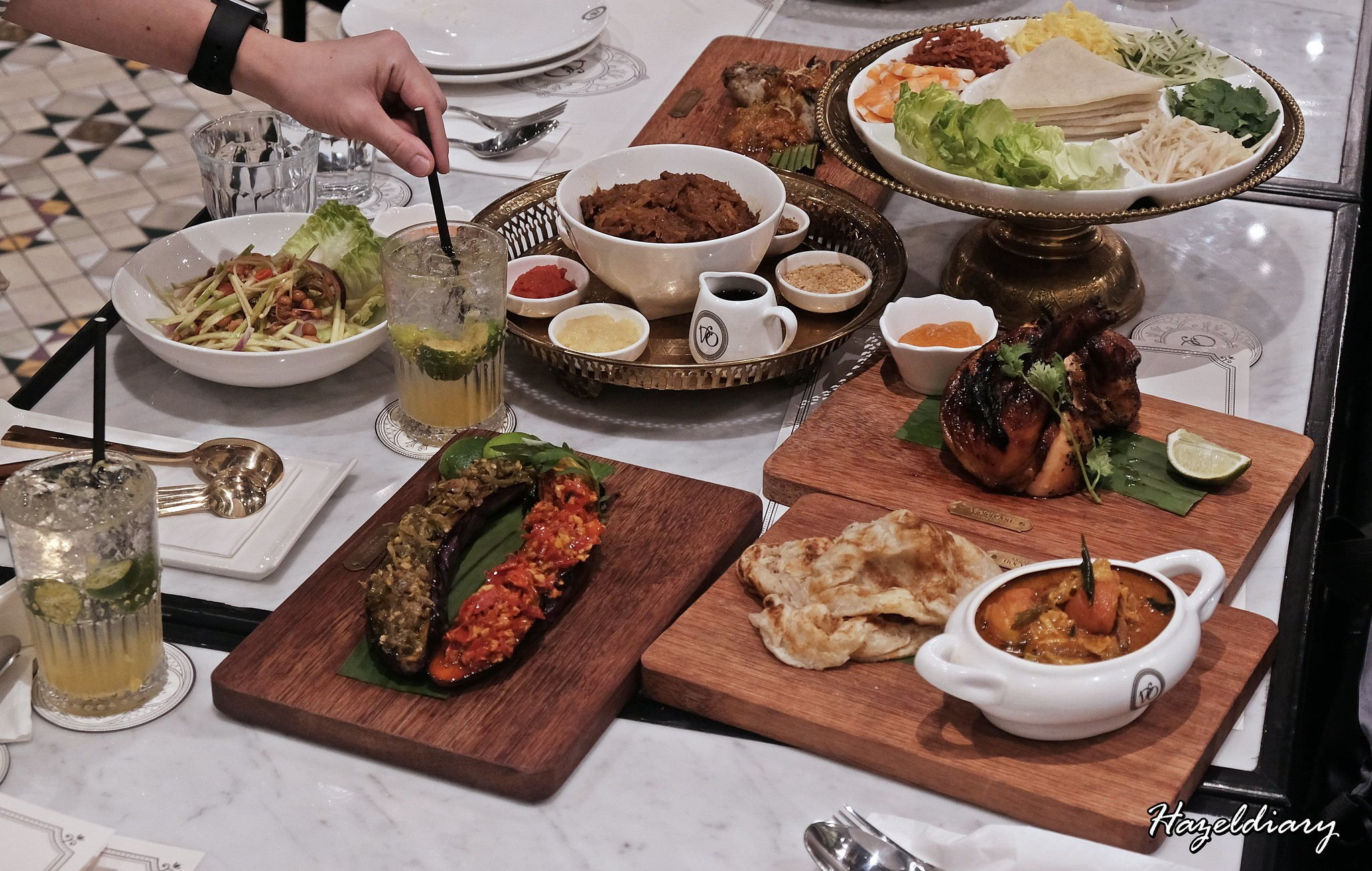 [SG EATS] Violet Onn – Peranakan Vegetarian Friendly Restaurant Opens in Jewel Changi Airport – Jewel Exclusive Dishes Too!