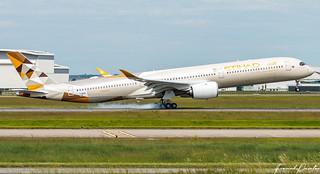 Airbus A350-1000 Etihad F-HREY