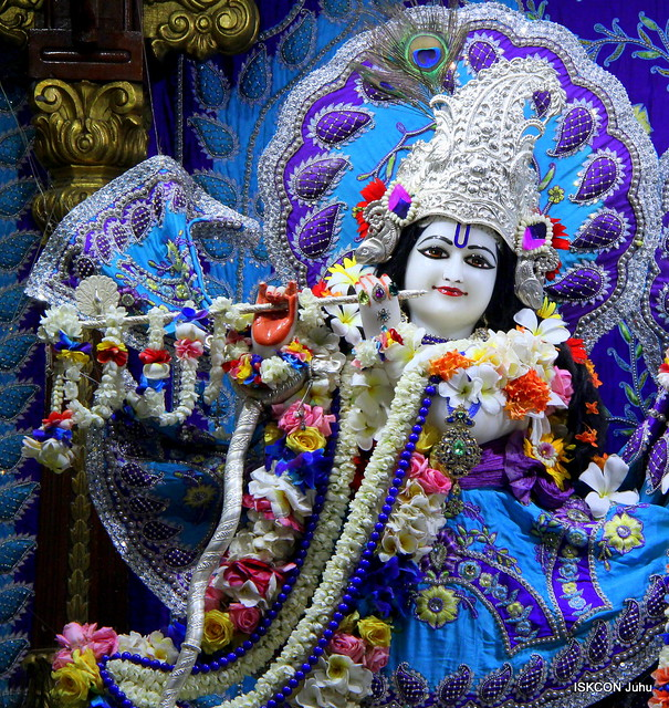 ISKCON Juhu Sringar Deity Darshan on 8th May 2019