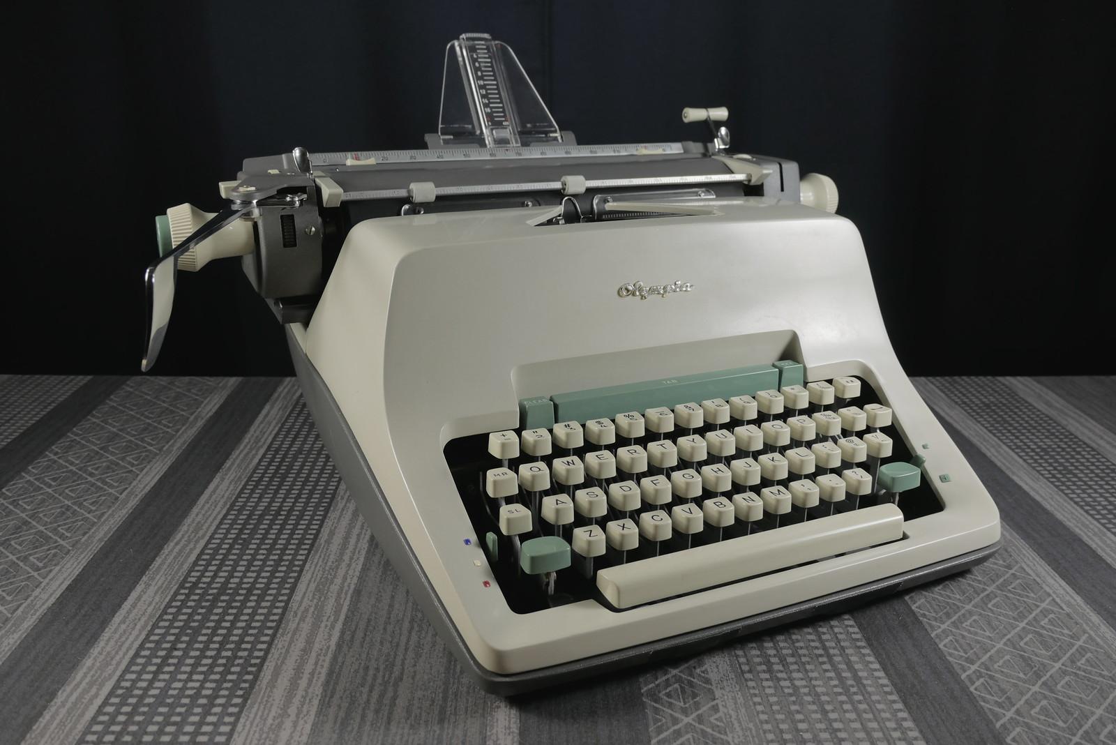 P1030670a