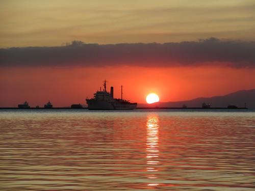 sunset manila philippines baywalk