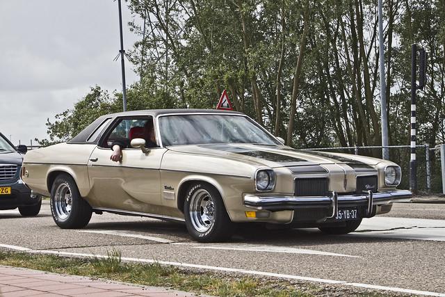 Oldsmobile Cutlass Supreme Coupé 1973 (1241)