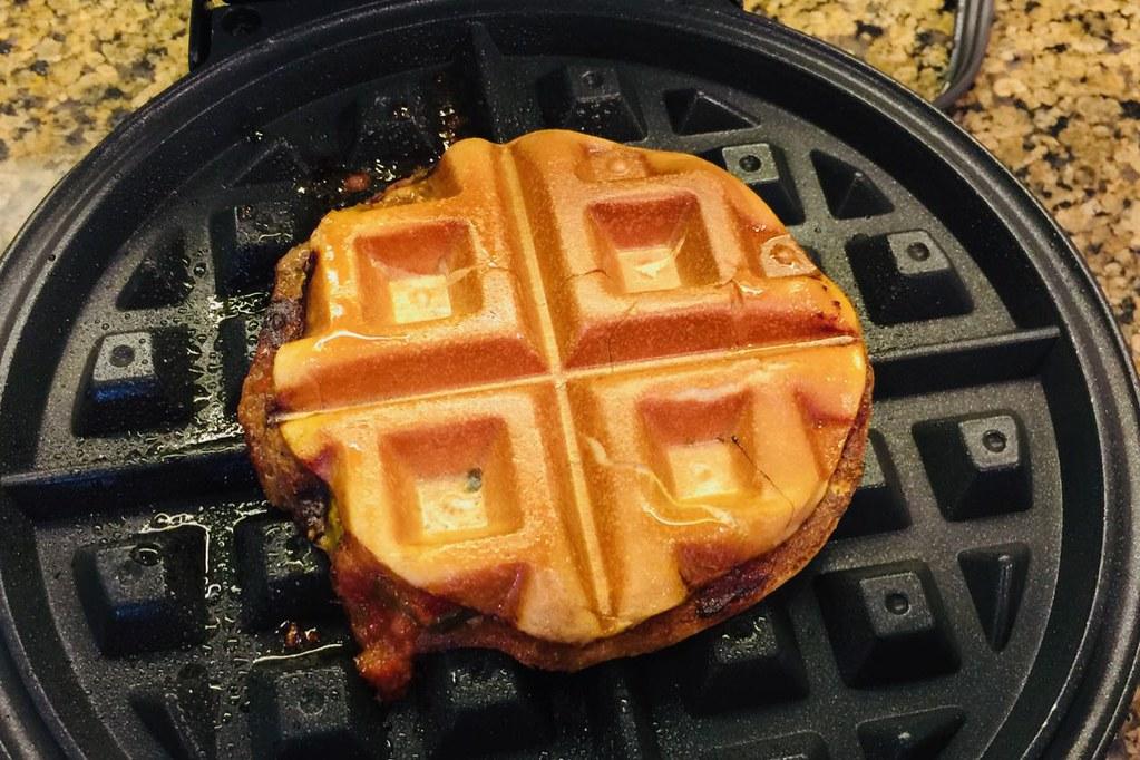 hamburgerwaffle2