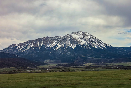 trips spanishpeaks spring mountains rp newmexicotrip driving canonrf24105mmf4lisusm usa colorado canoneosrp co canon 2019 roadtrip april