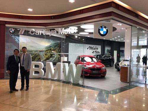 foto-i-pop-up-puerta-europa-BMW