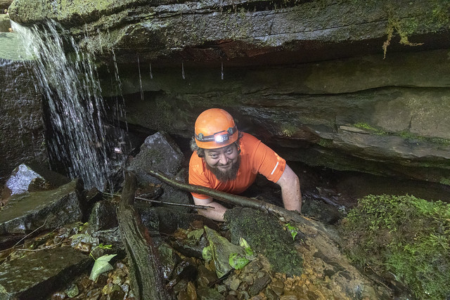 Chuck Sutherland, karst feature, Putnam County, Tennessee
