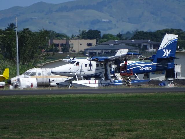 Walker Corporation/Kokomo Resort Viking DHC-6-400 DQ-OMO