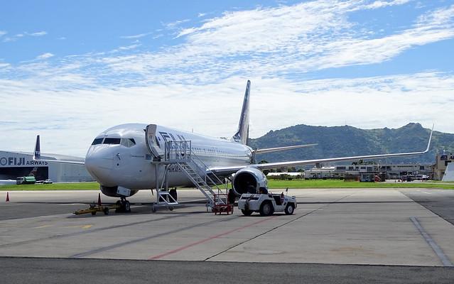 Fiji AIrways Boeing 737-86J DQ-FJM