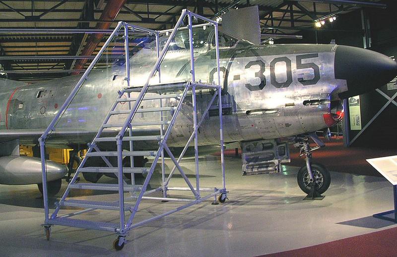 F-86K Sabre Dog 00001