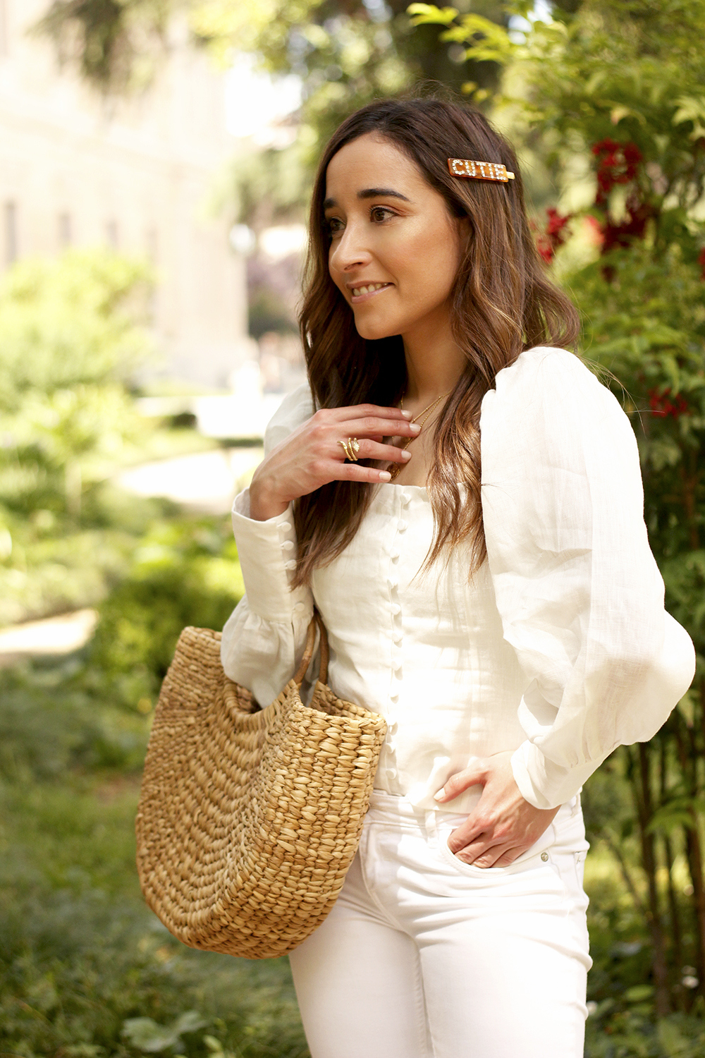 White Linen Top jeansstraw bag street style outfit 201914