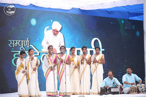 Devotional song by Vijyalakshmi and Saathi from Udupi KT