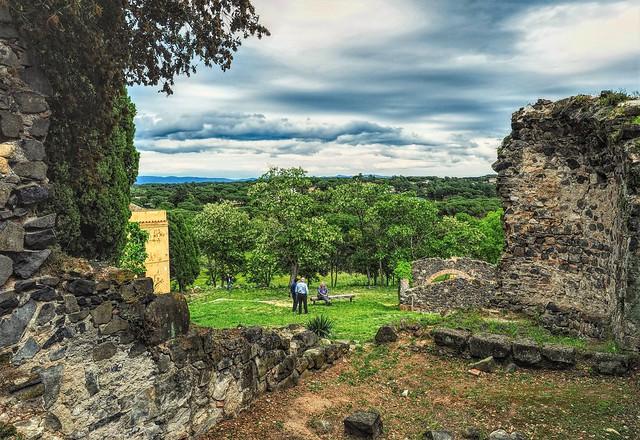 Ruinas del Castillo de Malavella.