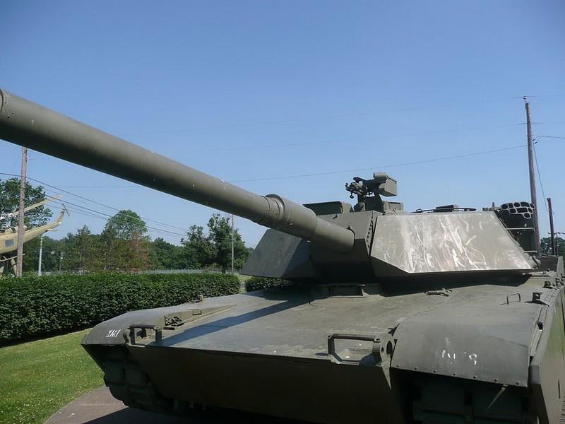 Abrams XM1 00003_