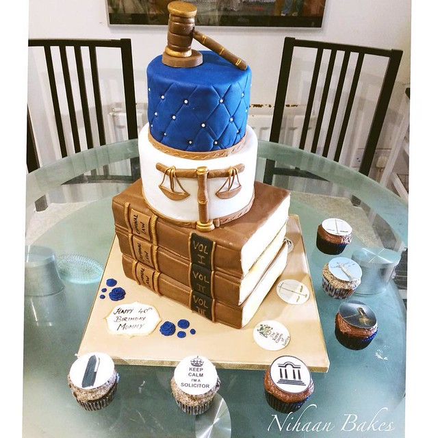 Cake by Nihaan Bakes
