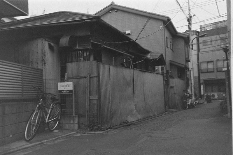 089LeicaM2 Summaron 35mm f35 Kodak 400TX高松一丁目