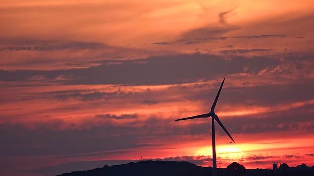 [NT] Alport Height. Wirksworth. Propelled Sunset. May 2019