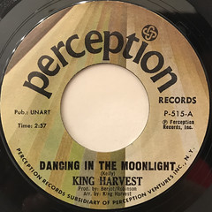 KING HARVEST:DANCING IN THE MOONLIGHT(LABEL SIDE-A)