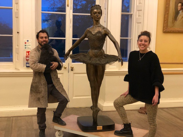 Restoration of the Margot Fonteyn statue