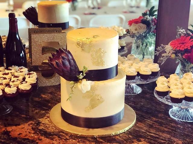 Cake by Lightning Cupcakes